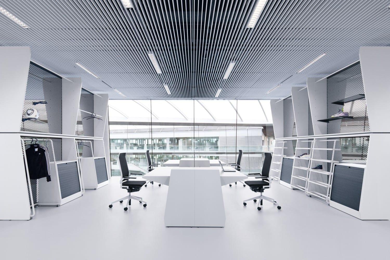 Adidas kantoor gietvloer