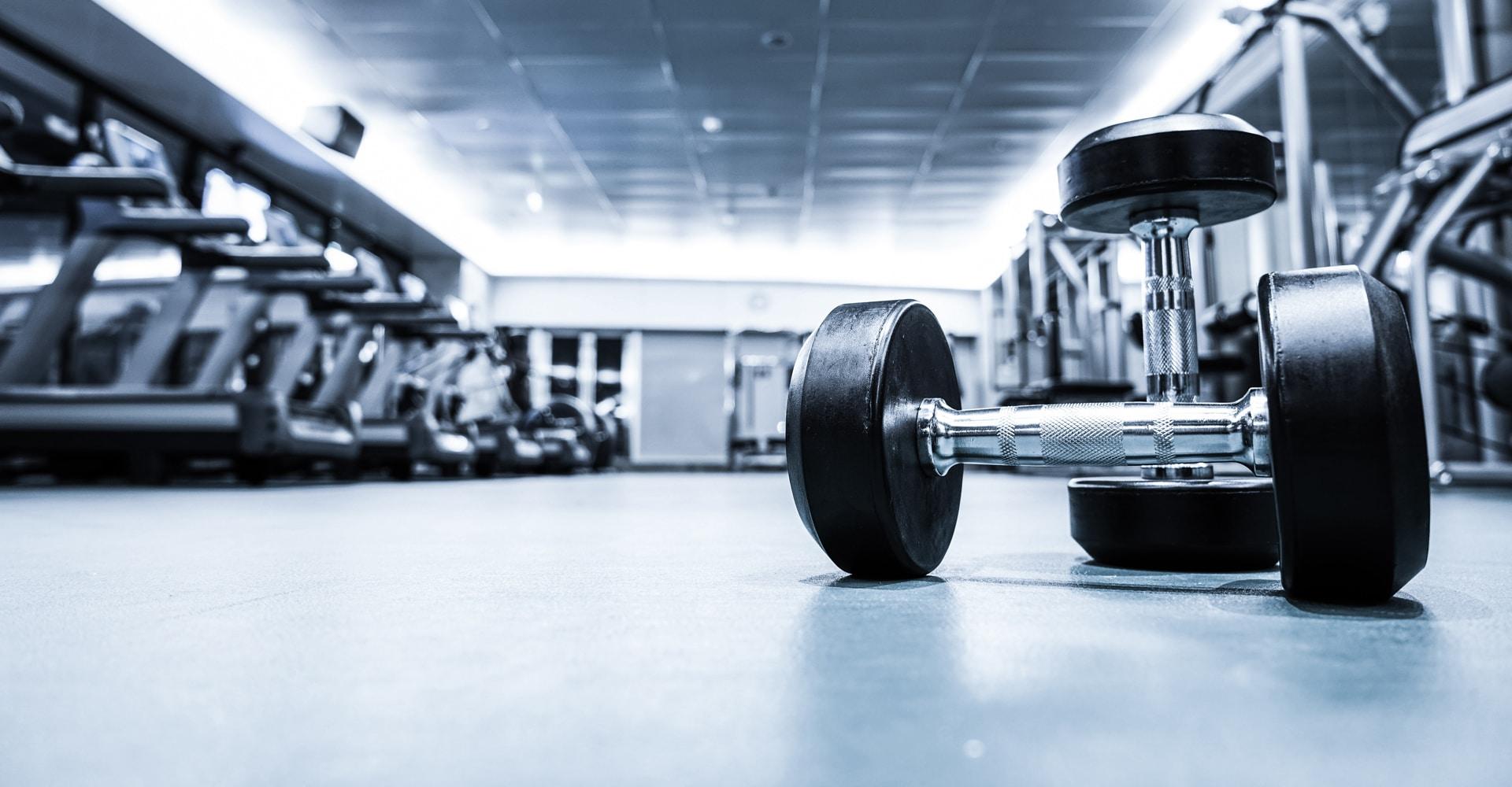Fitnessvloer met gewichten